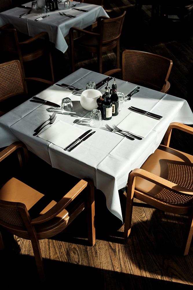 Tisch ist für Sie gedeckt im il Boccone Konstanz